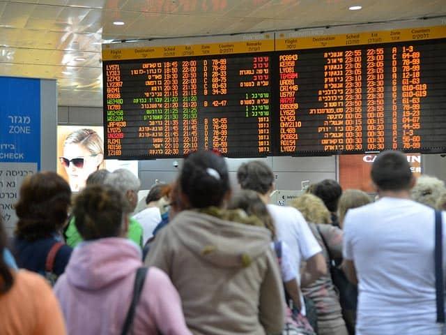 Компенсация за задержку рейса самолета в РФ и ЕС